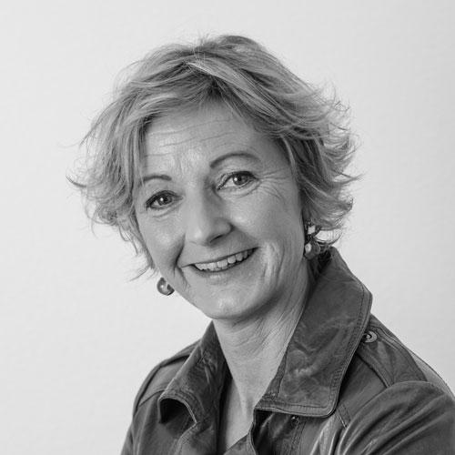 Ramonda Visser